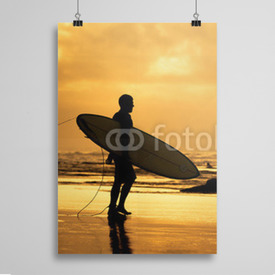 Poster Surfer na plaży