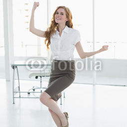 Cheerful elegant businesswoman c...
